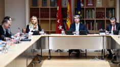 Ángel Garrido presidiendo una reunión de la Comunidad de Madrid sobre la crisis del taxi y de los VTC. Foto: Europa Press