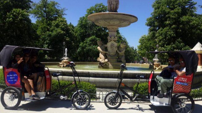 Denuncian a Carmena en Bruselas por permitir que circulen mototaxis ilegales
