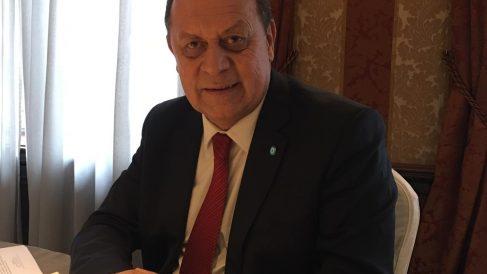 El ministro argentino de Turismo, Gustavo Santos, durante su entrevista con OKDIARIO.