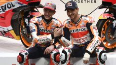 Marc Márquez y Jorge Lorenzo durante la presentación del Repsol Honda Team. (AFP)