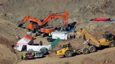 Labores de excavación del pozo de Tolatán.