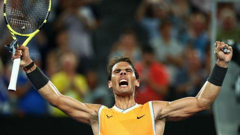Rafa Nadal celebra la victoria ante Tsitsipas en las semifinales del Open de Australia. (Getty)