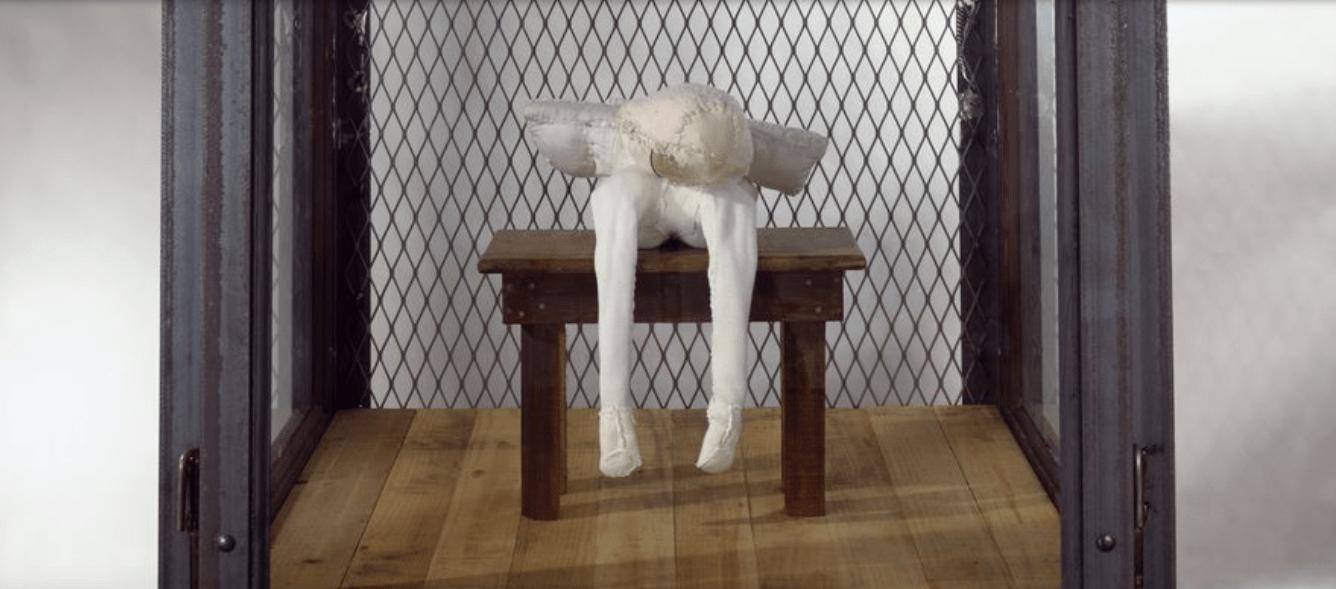 Detalle de 'Celda' de Louise Bourgeois. Foto. Web Hauser & Wirth.
