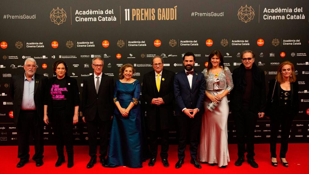 Foto de familia en los Premios Gaudí con el ministro de Cultura, José Guirao, junto a Quim Torra, Roger Torrent y Ada Colau, entre otras personalidades. Foto: Europa Press