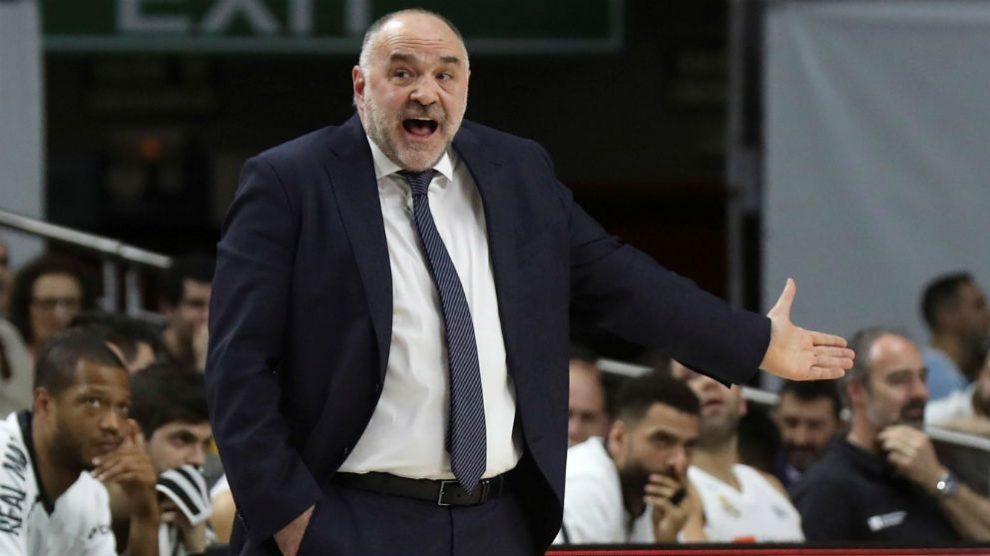 Pablo Laso se cabrea durante el partido de LIga Endesa ante Fuenlabrada. (EFE)