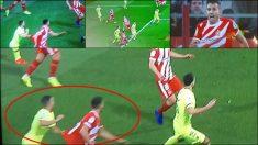 Jordi Alba agarró a Stuani.