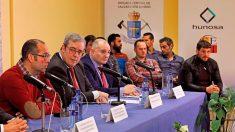 Los ocho integrantes de la Bigrada de Salvamento que participaron en el rescate del pequeño Julen 13 días después de haber caído 71 metros por un estrecho pozo situado en Totalán (Málaga), durante la rueda de prensa ofrecida este domingo en la sede de Hunosa, en Oviedo. Foto: EFE
