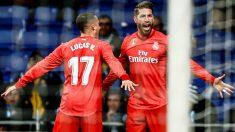 Ramos y Lucas Vázquez celebran el 0-2 del Real Madrid ante el Espanyol. (EFE)