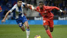 Vinicius jugó 60 minutos en su visita a Cornellá. (AFP)