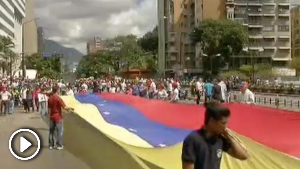 Protestas en Caracas tras el llamamiento de Juan Guaidó.