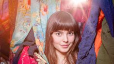 Aprende cómo vender ropa usada paso a paso