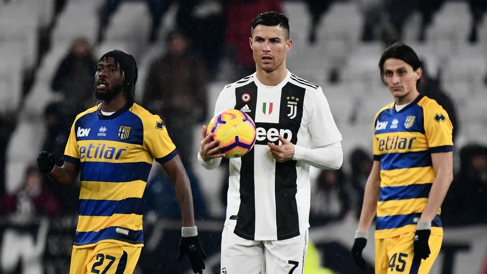 Cristiano Ronaldo, en acción en el Juventus-Parma. (AFP)
