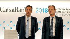 Jordi Gual, presidente de Caixabank, y su CEO Gonzalo Gortázar, este viernes 1 de febrero de 2019 en la presentación de resultados anuales en Valencia