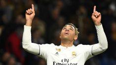 Mariano Díaz celebra su gol contra el Alavés. (AFP)