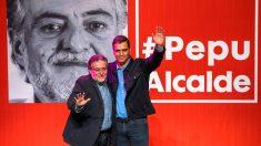 Pepu Hernández y Pedro Sánchez en la presentación del primero este domingo (Foto: EFE).