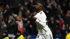 Vinicius celebra su gol al Alavés. (AFP)