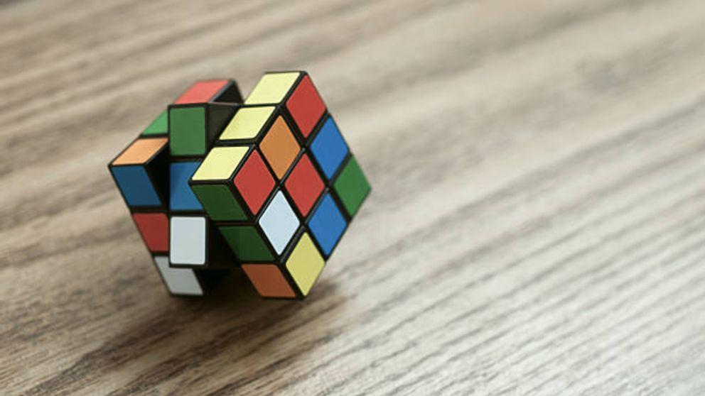 Aprende cómo desmontar un cubo de rubik