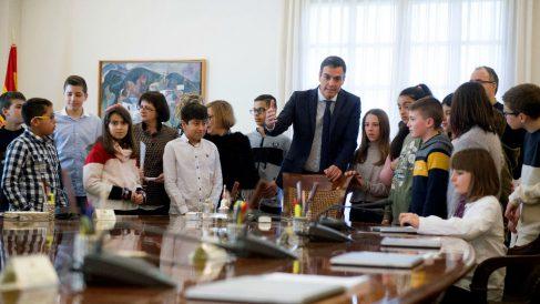 Pedro Sanchez colegio Moncloa