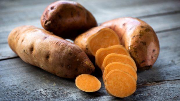 Receta de tortilla de boniato, zanahoria y cebolla