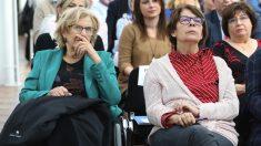 La alcaldesa Manuela Carmena e Inés Sabanés. (Foto. Madrid)