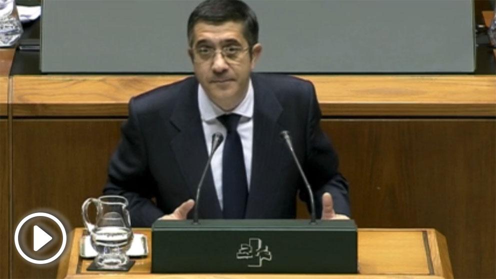 El socialista Patxi López rechazó una mesa de partidos al margen del Parlamento tras el alto el fuego de ETA