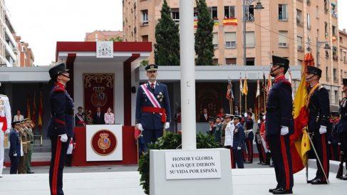 El Rey Felipe VI presidiendo el desfile del Día de las Fuerzas Armadas. Foto: Europa Press