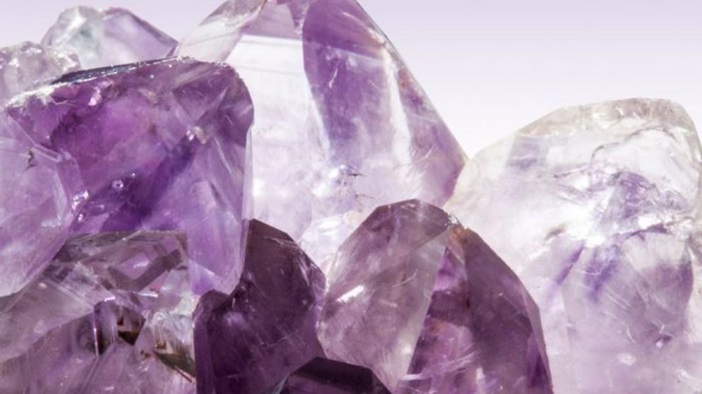 Para el buen entendimiento de este tipo de piedras es esencial comprender el espíritu, la mente y el alma.