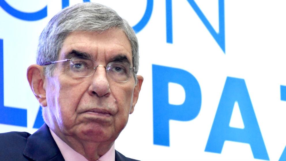 Óscar Arias en una imagen de 2017 (Foto: AFP).