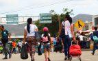 Fuerzas de Maduro usan gases lacrimógenos para frenar la huida de venezolanos a Colombia