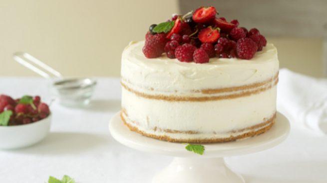 Bizcocho de vainilla sin horno a la sartén, una receta casera de pastelería