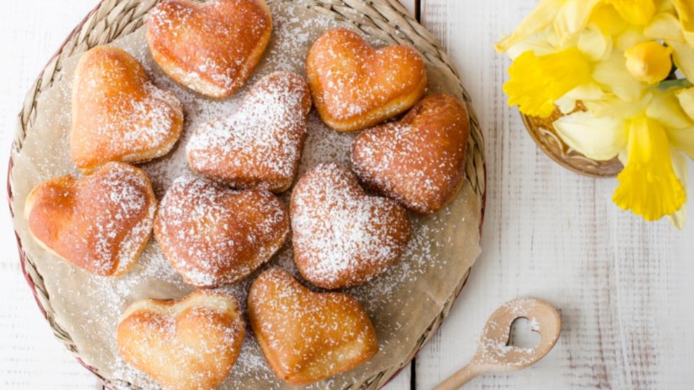 Receta de donuts de San Valentín con forma de corazón
