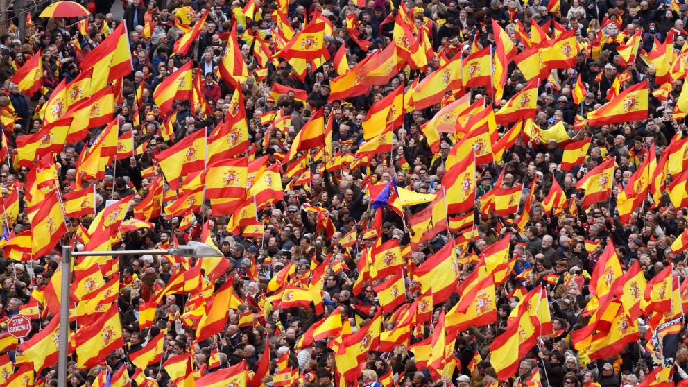 Multitudinaria manifestación en Madrid por la unidad de España