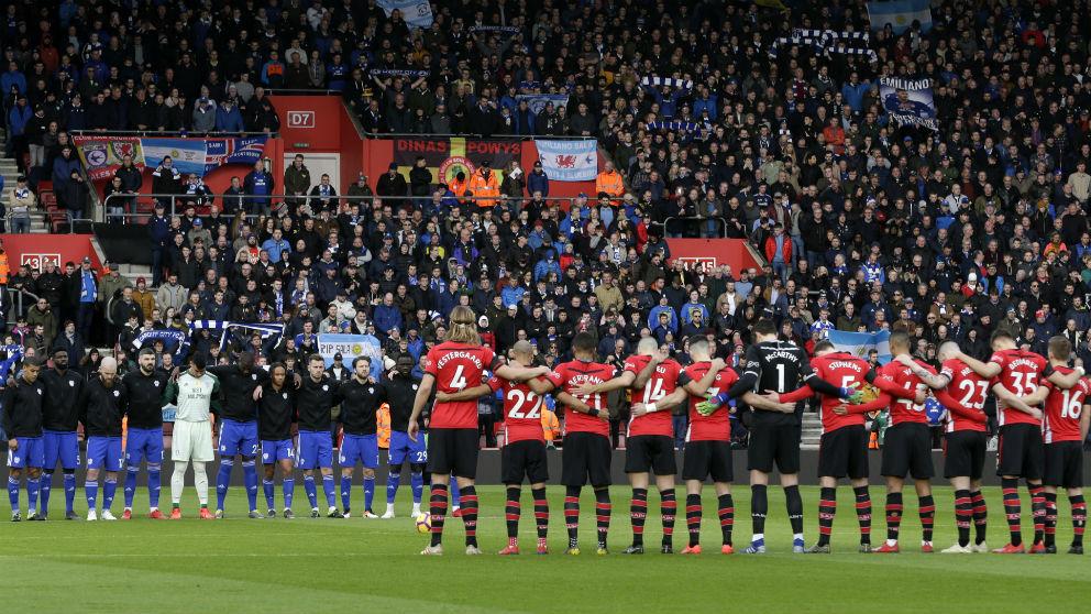 Homenaje a Emiliano Sala en el Southampton – Cardiff. (Getty)