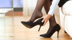 Pasos para evitar que resbalen los zapatos con las medias