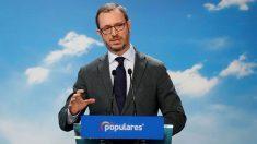 El vicesecretario de Organización del PP, Javier Maroto, durante la rueda de prensa ofrecida al término de la reunión del Comité Ejecutivo Nacional del partido celebrada este lunes en la sede de Génova. Foto: EFE