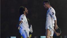 Marcelo y Cristiano Ronaldo, durante la celebración de la Champions. (AFP)
