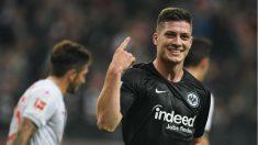 Luka Jovic celebra un gol con el Eintracht de Frankfurt. (AFP)