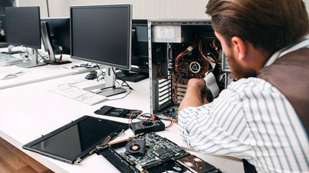 Aprende cómo desmontar un ordenador