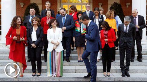 Pedro Sánchez, con sus ministros.
