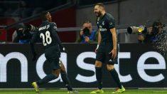 Vinicius y Benzema celebran el primer gol del Real Madrid ante el Ajax (Getty).