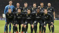 Estos son los once titulares del Real Madrid en Ámsterdam. (AFP)
