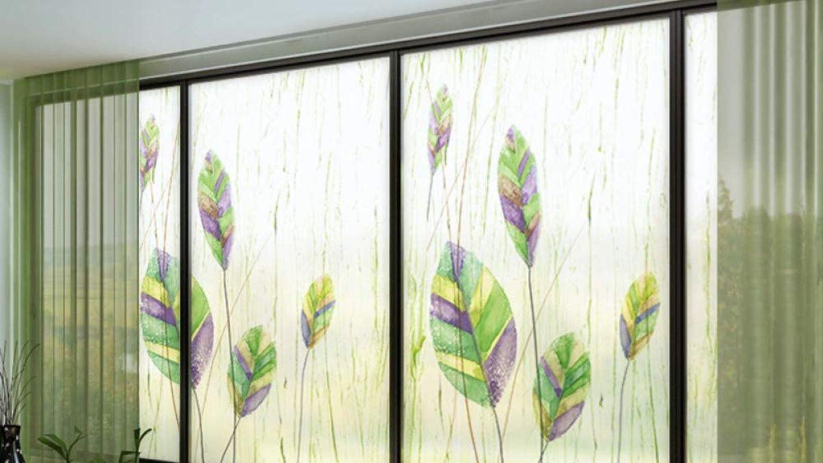 Las ventanas se pueden decorar de diferentes maneras