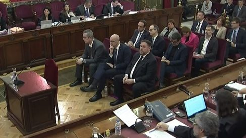 La sala del Tribunal Supremo donde se está juzgando a los acusados por el referéndum ilegal del 1-O en Cataluña. Foto: Europa Press