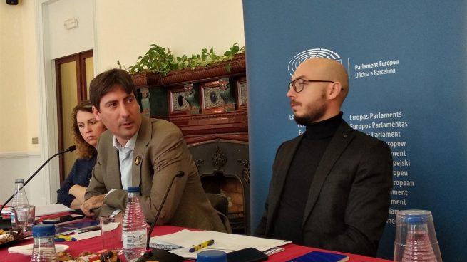 El eurodiputado de ERC Jordi Solé y el del PDeCAT Ramon Tremosa. Foto: Europa Press