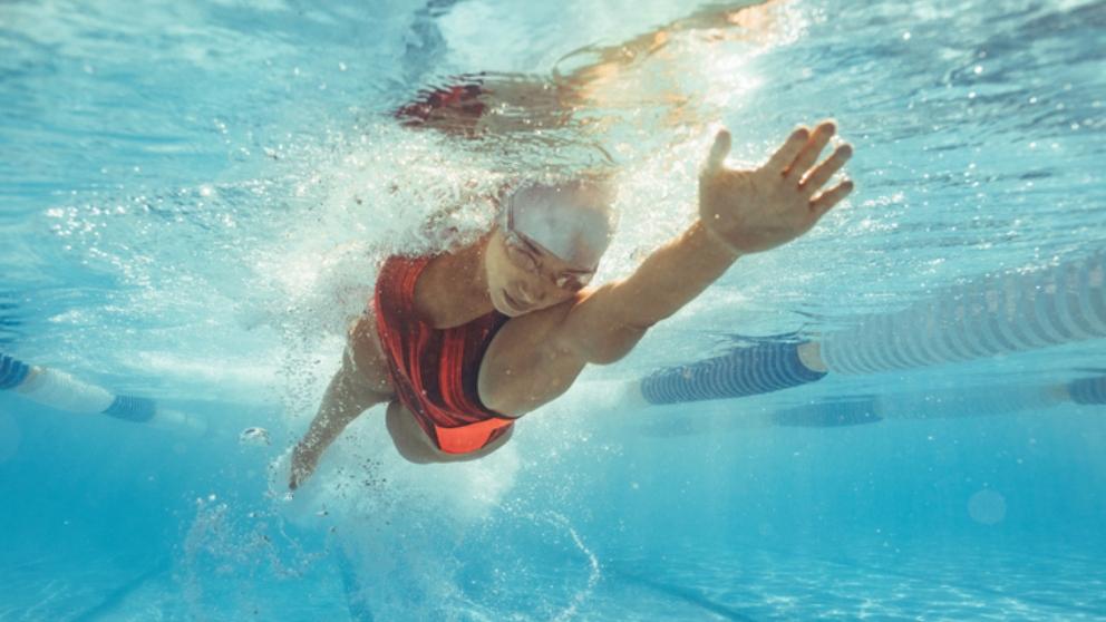 Pasos para nadar al estilo crol