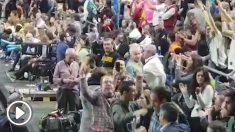 Los actores de Campeones celebraron la canasta de Sergio Llull.