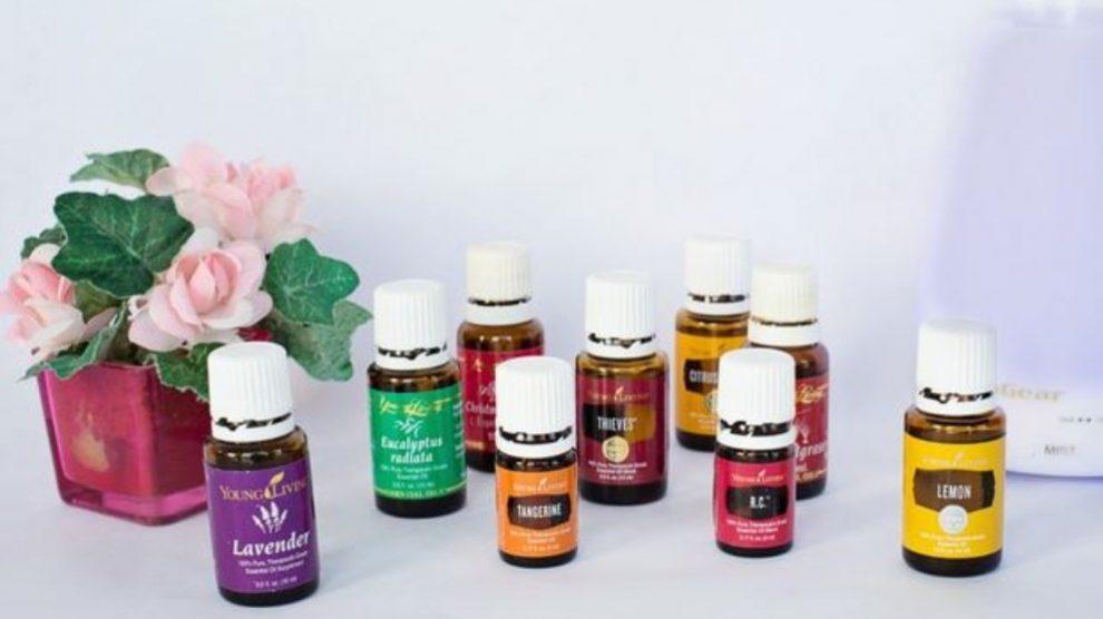 Los aceites esenciales para perfumar la casa ayudan a que ésta tenga un aroma especial.
