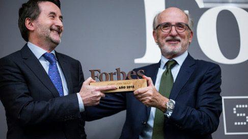 Josu Jon Imaz recibe el premio Forbes al mejor directivo