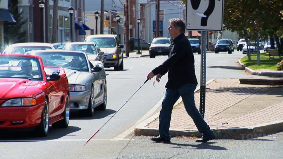 Descubre cómo funciona el bastón para ciegos