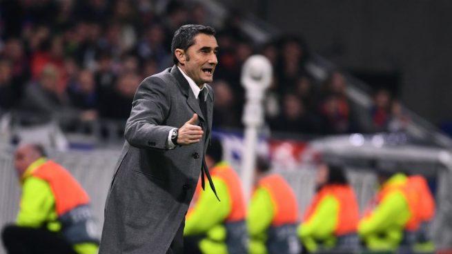 Valverde da instrucciones en el partido. (AFP) 209b60994a768